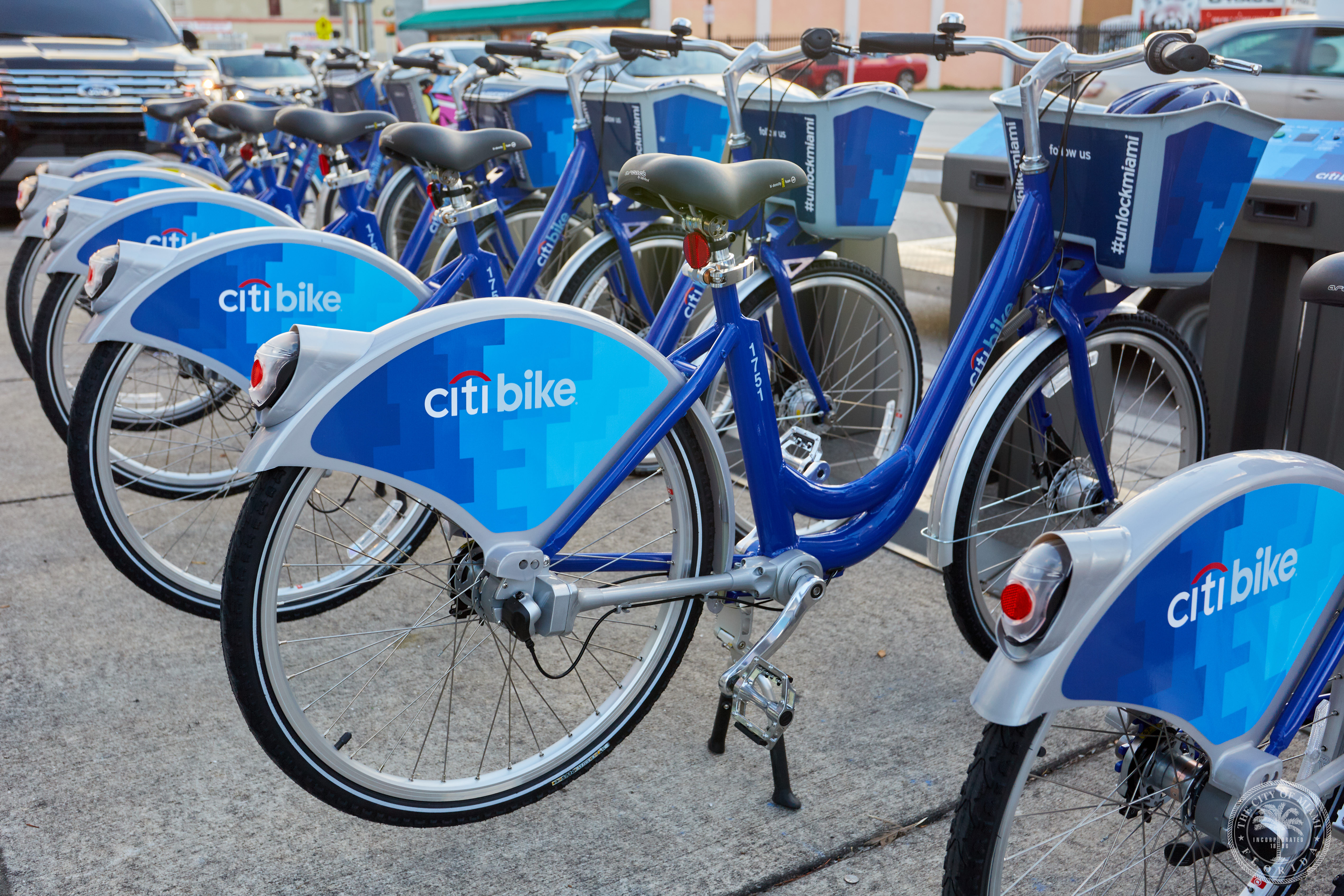 rack of blue citibikes